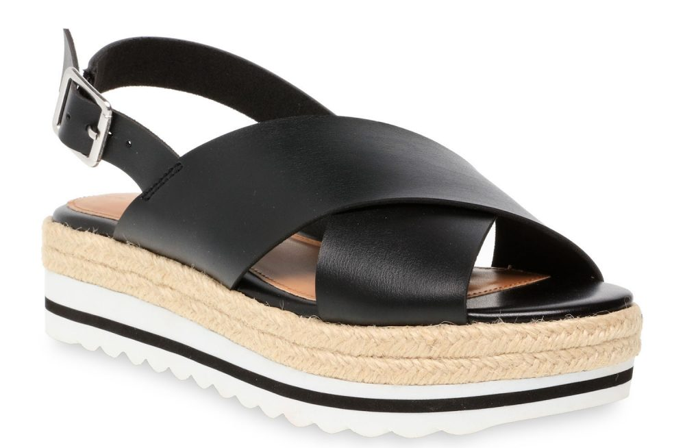 time and tru flatform sandal in black